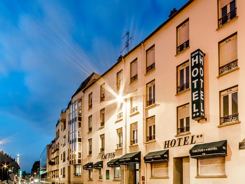Doble con baño compartido