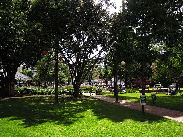 El Chicó Norte: Atmosfera cosmopolita e parques