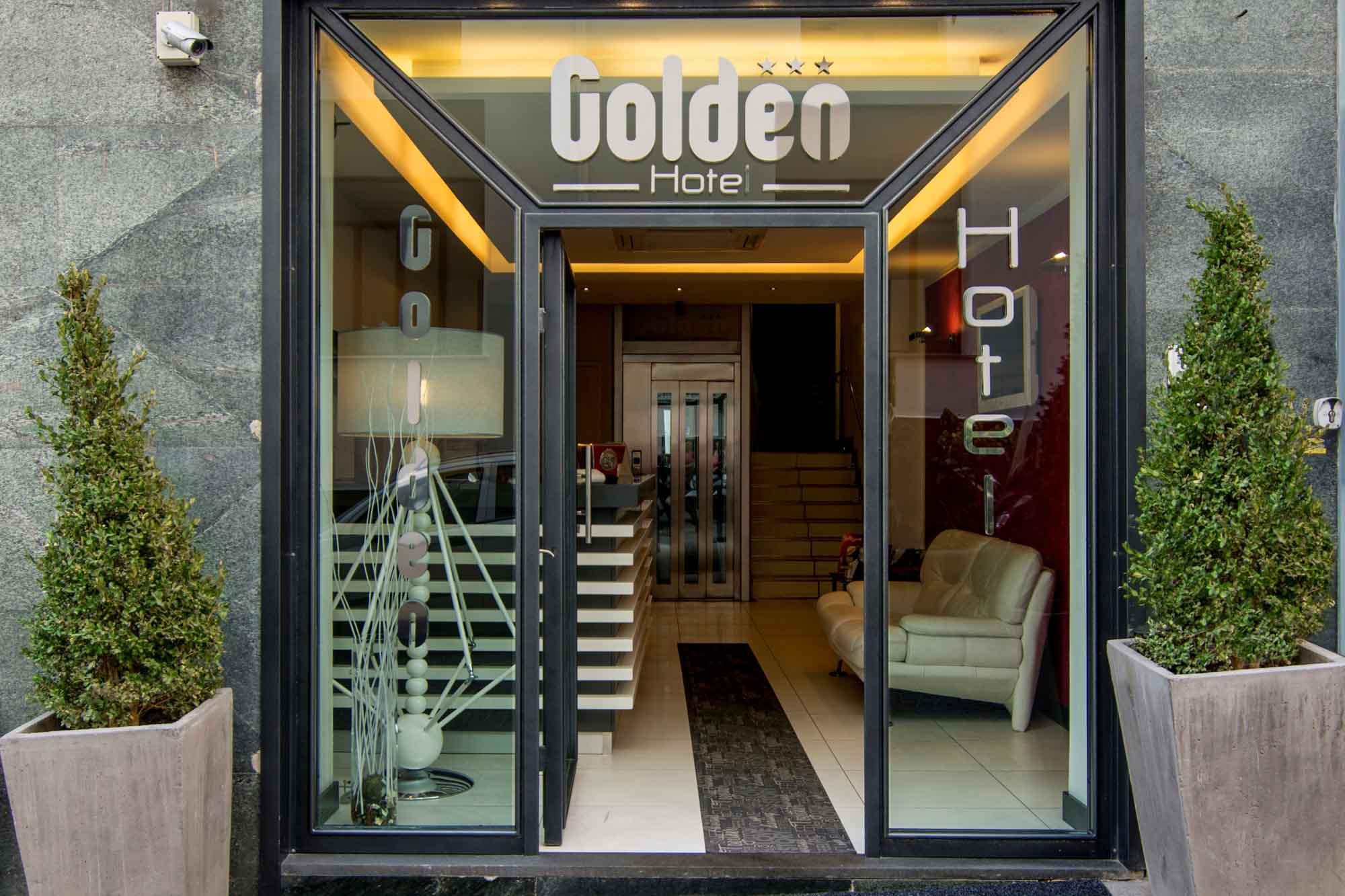 Golden Hotel  galeria