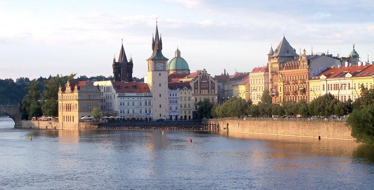 Plavba po řece Vltavě