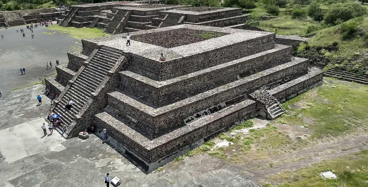 Tour Pirámides de Teotihuacan y Basílica