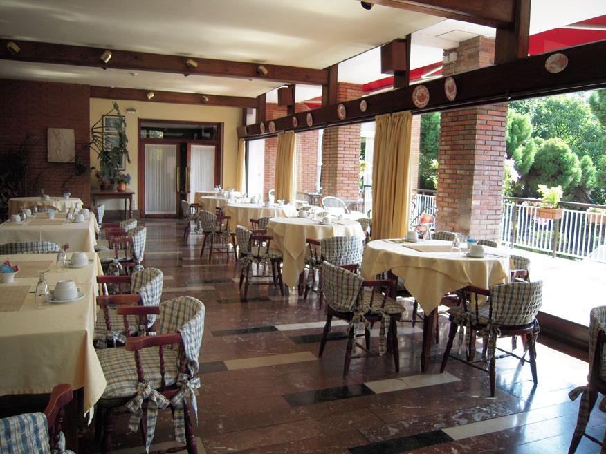 Hotel Alcázar Irún Centro Ciudad
