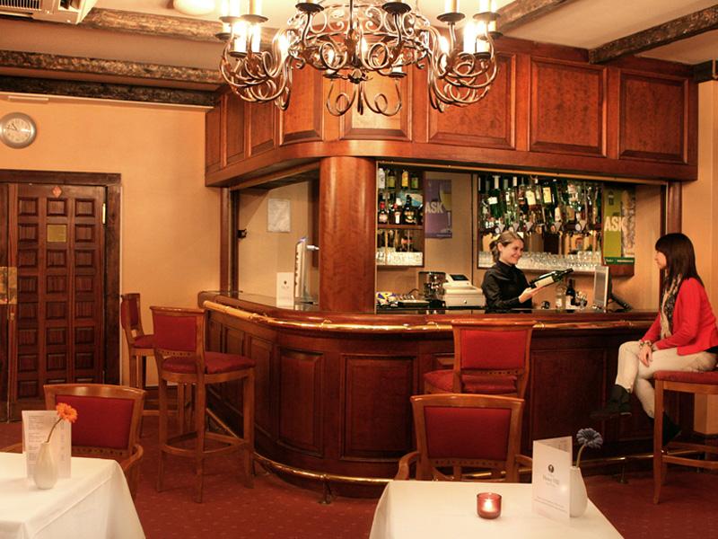 Hotel Henry VIII