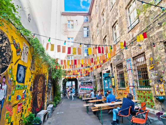 Tour through the Jewish District of Berlin Downtown - Spanish only