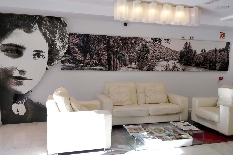 Leonor Centro  galeria