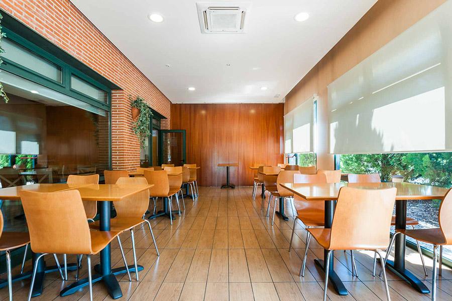 Bar - cafe - terrace