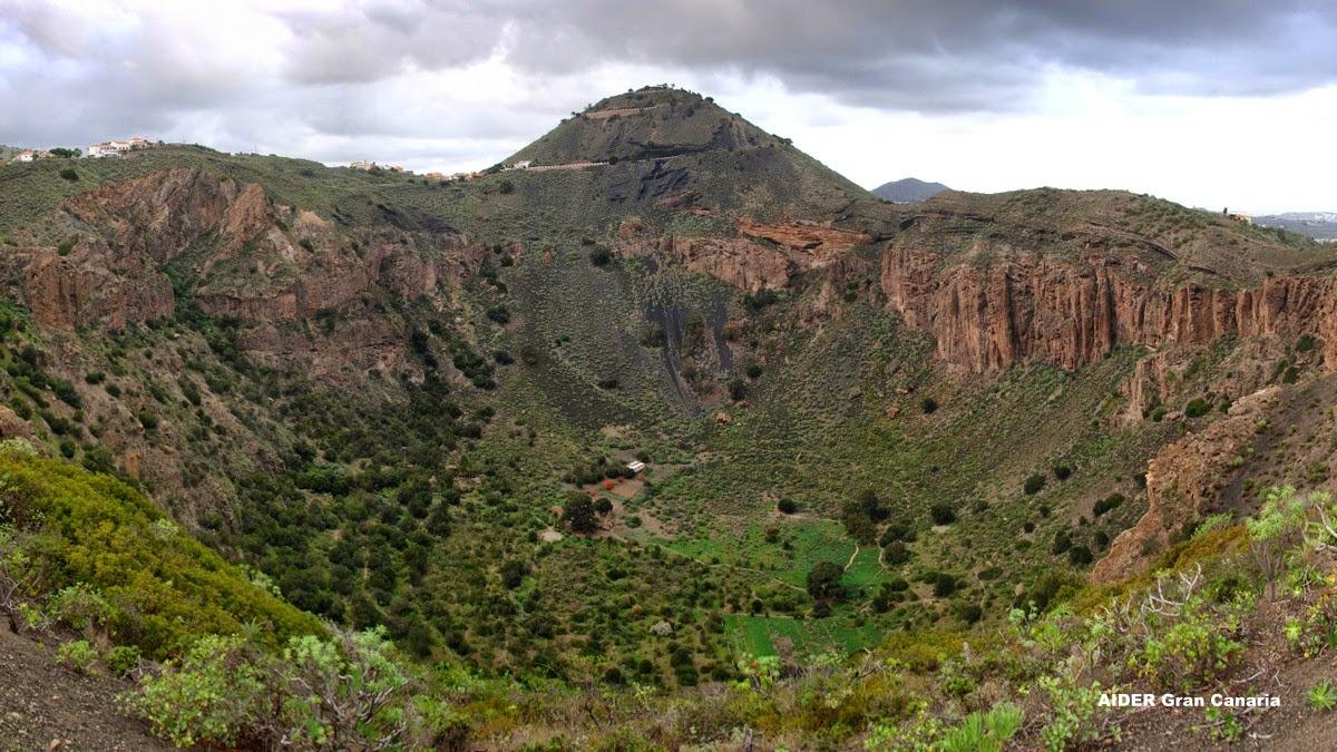 Visita guiada al Volcán de Bandama, Jardín Botánico y Vegueta