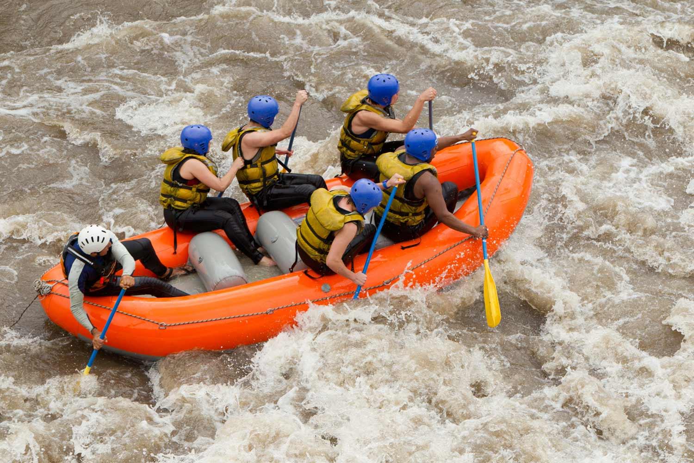 Rafting, canoas e hidrospeed